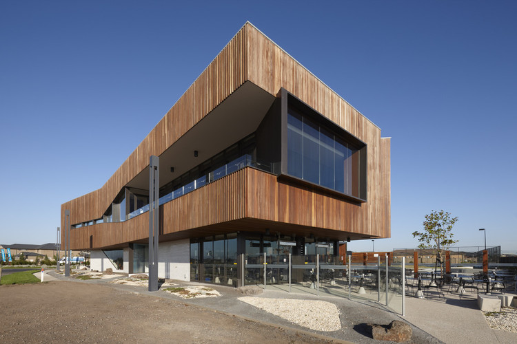 Saltwater Coast Lifestyle Centre / NH Architecture, © Dianna Snape
