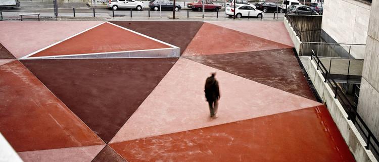 La Salut Market Square / Vora Arquitectura, © Adrià Goula
