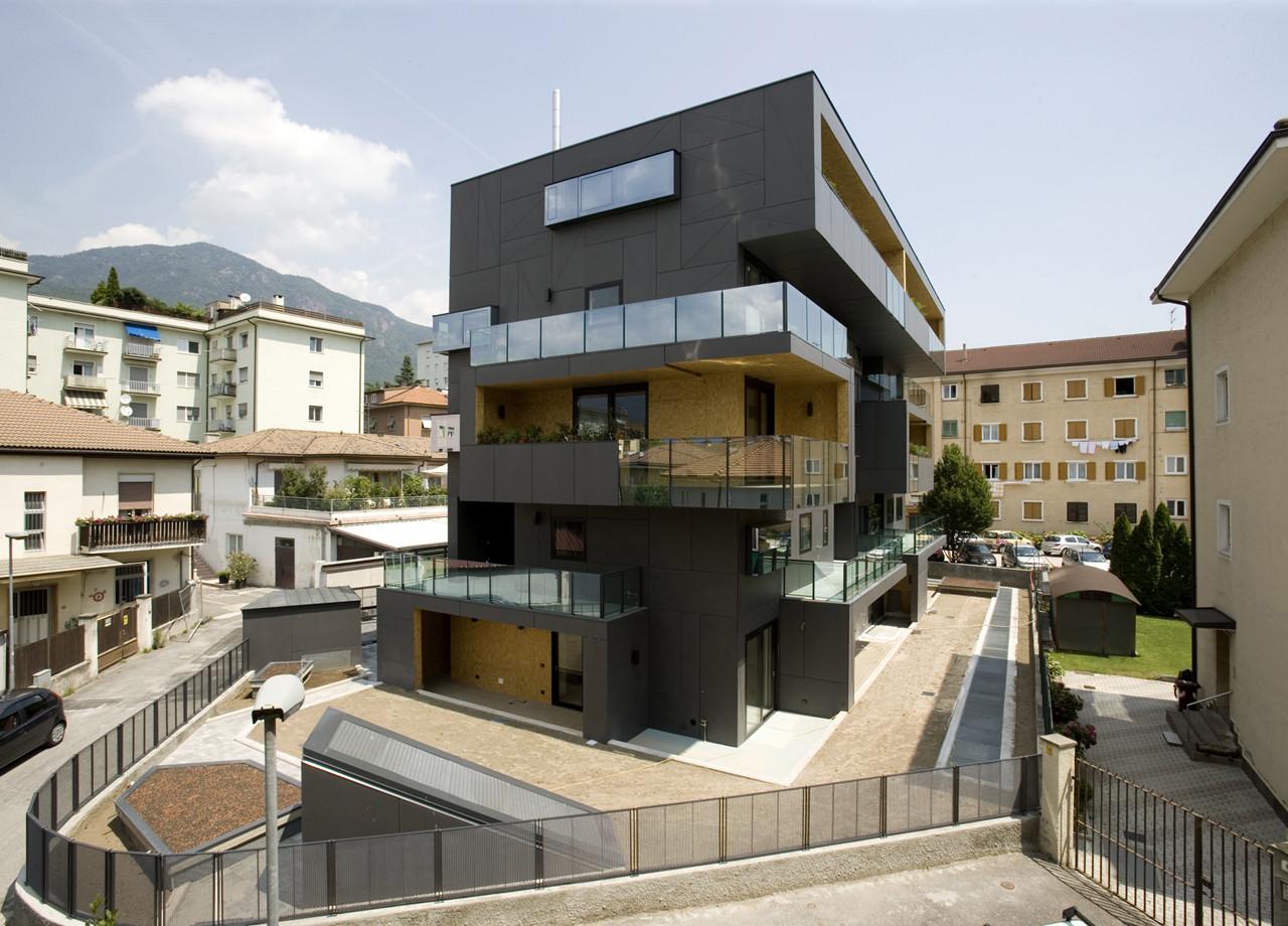 Villa Urbana Domus Radicalis / Metrogramma