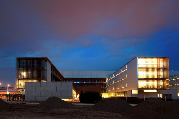 Hospital of Sant Joan Despi Doctor Moises Broggi / Pinearq + Brullet-De Luna Arquitectes, © Fernando Guerra |  FG+SG