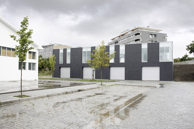 Maia Commercial Gallery / 100 Planos Arquitectura, © Bruno Aguiar