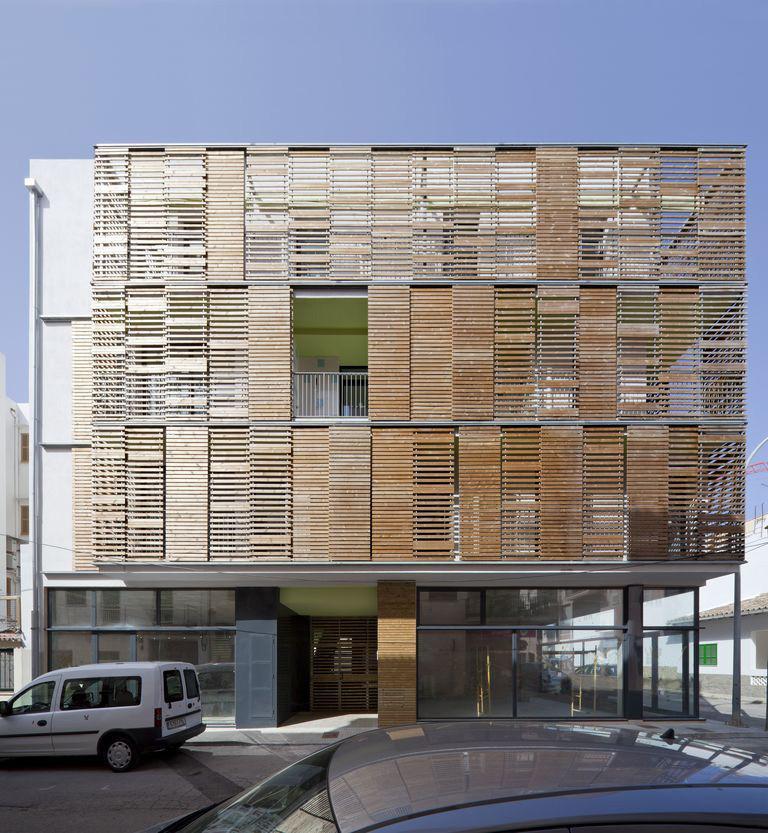 Apartment Block: Gallery Of Latticework Apartment Block / Juana Canet