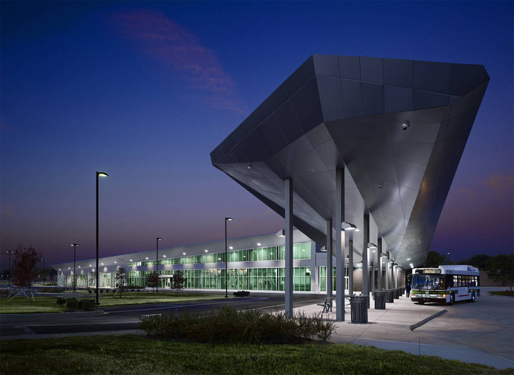 MATA South Intermodal Facility / brg3s architects, © Jeffrey Jacobs Photography