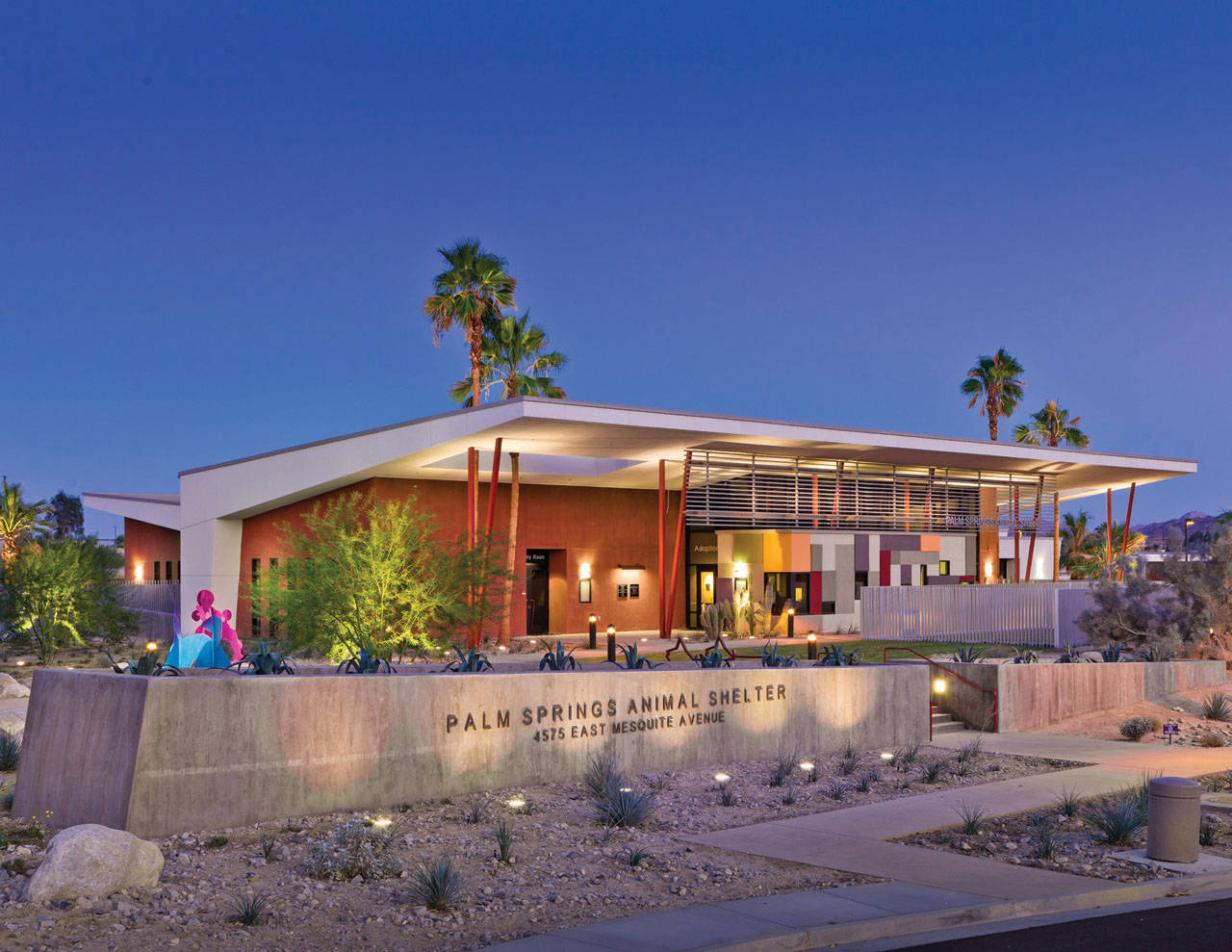 Palm Springs Animal Care Facility / Swatt