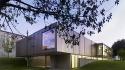 Exhibition Hall in Bertamirans / Salgado e Liñares arquitectos