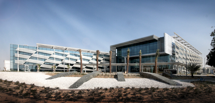 Mafraq Dialysis Center / Stantec, Courtesy of stantec