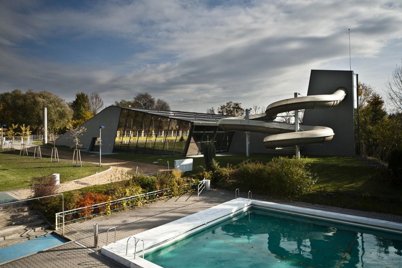 Indoor Swimming Pool in Litomyšl / Architekti DRNH, © Tomáš Malý