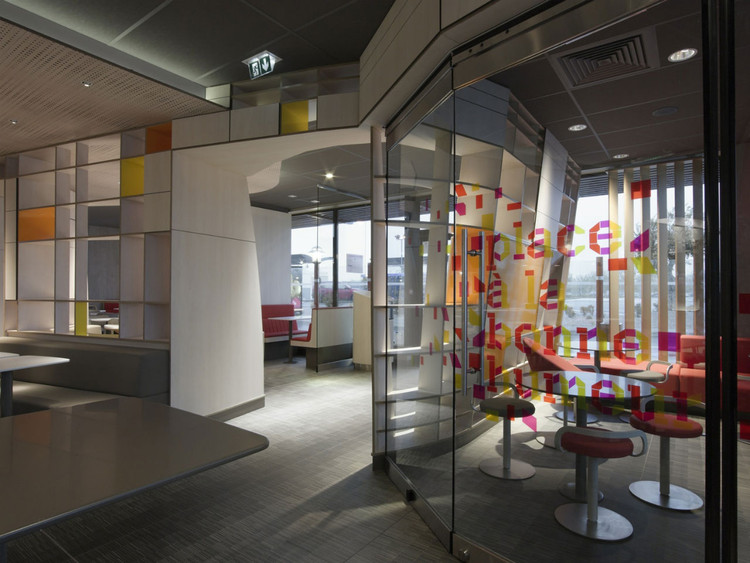McDonald's Interiors in France / Patrick Norguet, Courtesy of  patrick norguet
