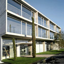 Neckom Offices and Showroom / re:a.c.t