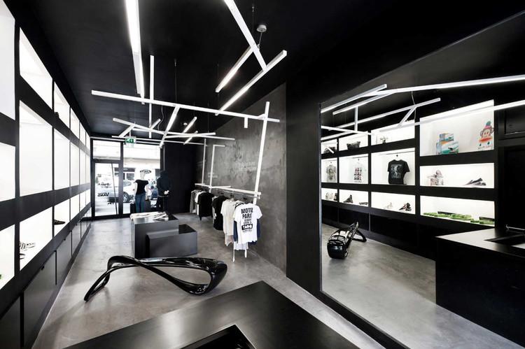 HOME:Unusual Store / Luigi Valente, © Stefano Pedretti