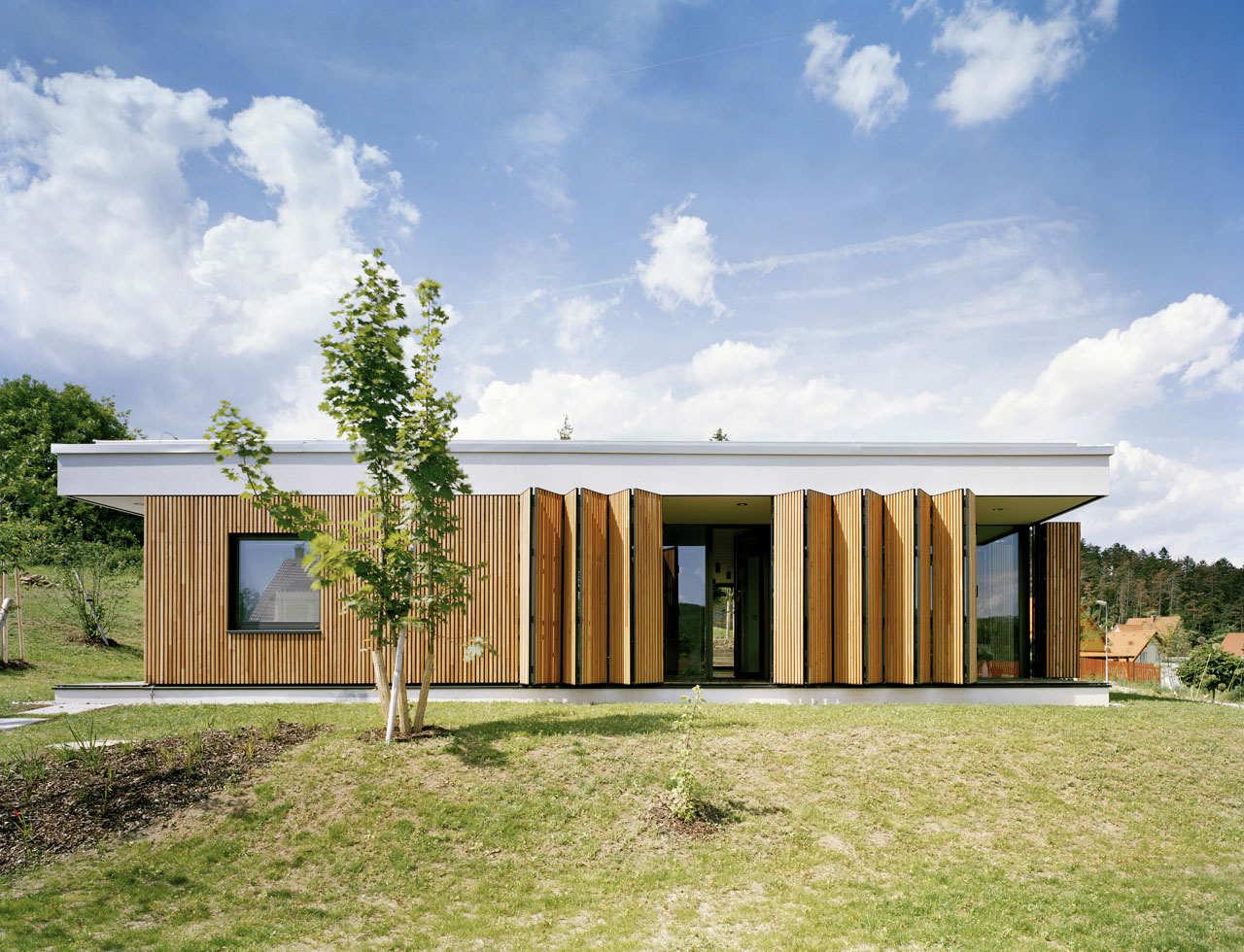 Family House In Kraluv Dvur / OV-A, © Tomas Soucek