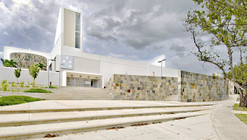 Natatorio / Fuster + Partners Architects