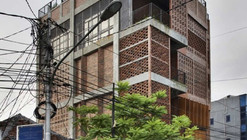 GMT Institute Of Property Management / PHL Architects