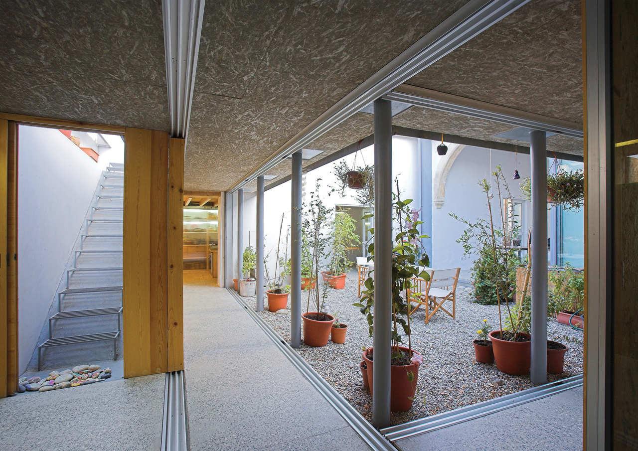 House In Kaimakli / Yiorgos Hadjichristou Architects, © Christos Papantoniou