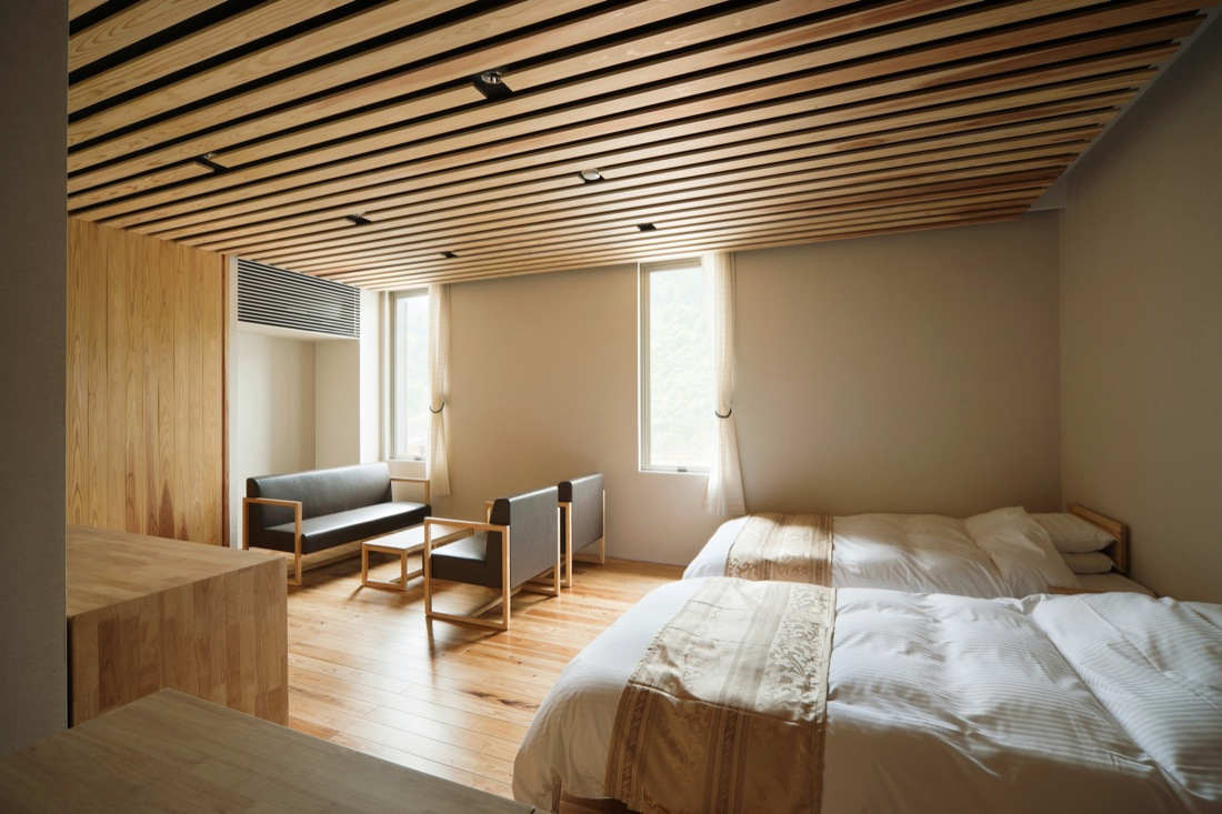 Gallery of yusuhara marche kengo kuma associates 6 for Design hotel japan