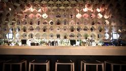 Soul Box bar restaurant / a01 Architects
