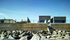 Seaside House / A2 Architects