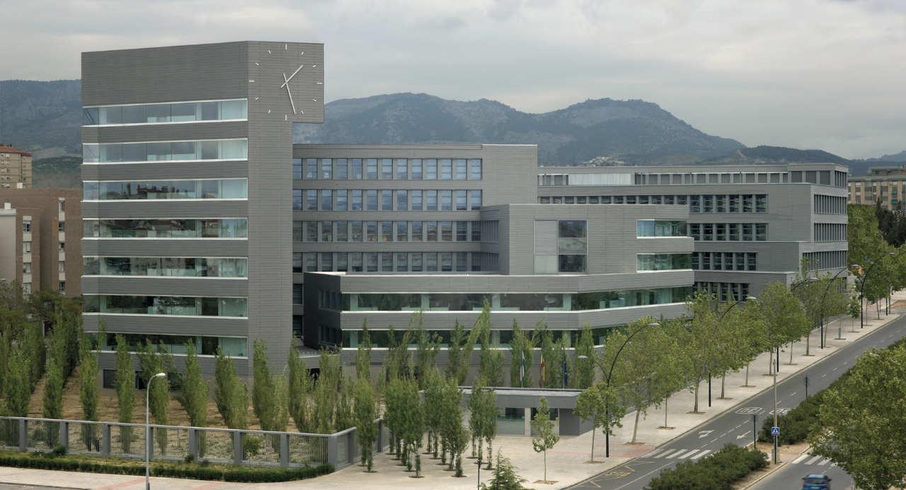 Almajayar Offices / Cruz y Ortiz Arquitectos, © Duccio Malagamba
