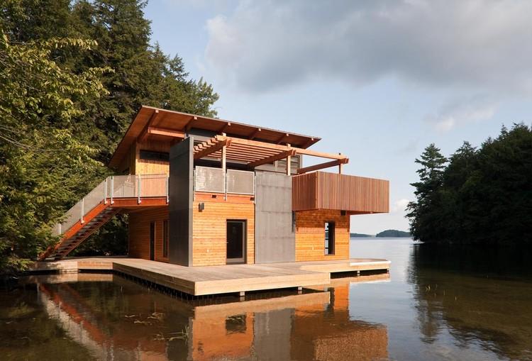 Muskoka Boathouse / Christopher Simmonds Architect, © Peter Fritz Photography