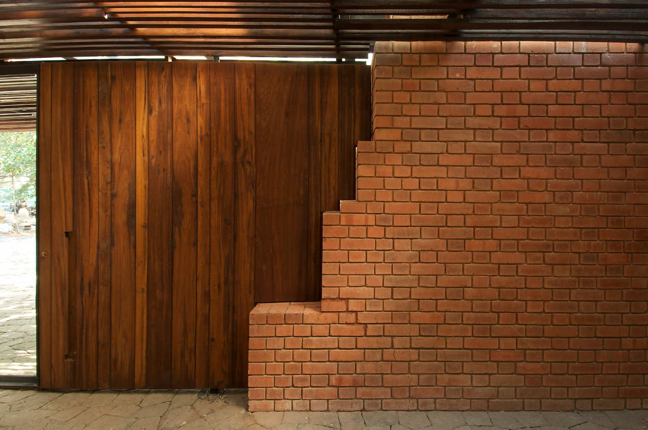 Gallery of The Brick Kiln House / SPASM Design Architects - 21