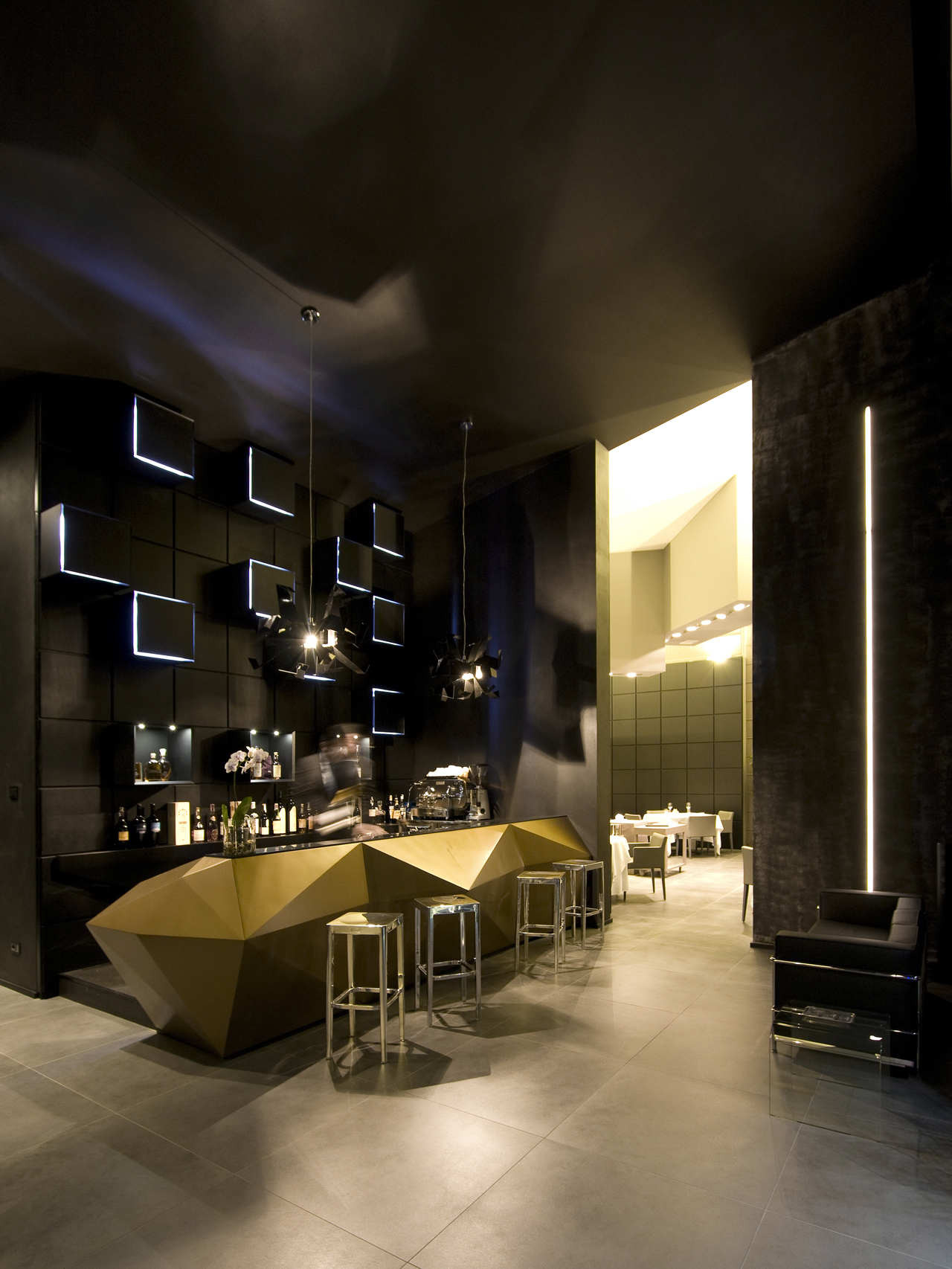 Inkiostro restaurant studio nove a2c archdaily - Bar cuisine studio ...