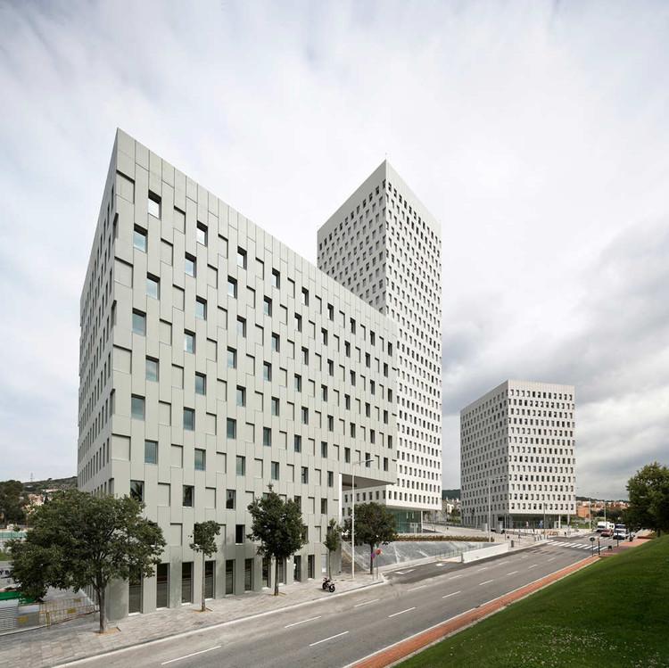 La Pallaresa / Eduardo Souto de Moura + Iberian Arquitectos  + Terradas Arquitectos , © Pedro Pegenaute