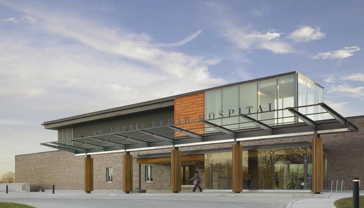 St. Johns Rehab / Montgomery Sisam Architects + Farrow Partnership Architects, © Tom Arban