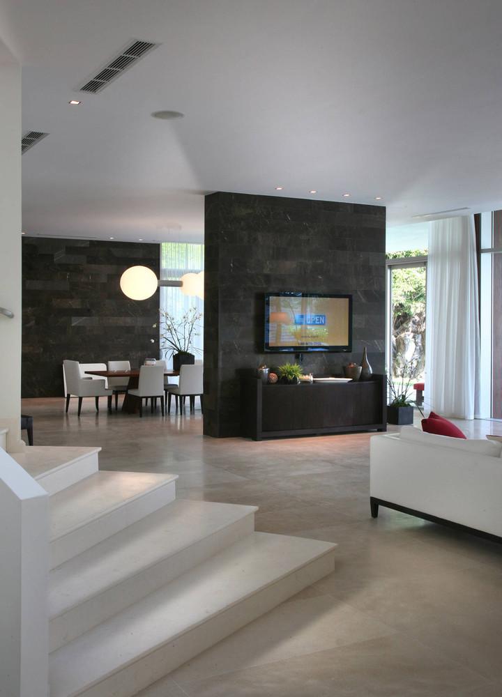 Private Residence In La Gorce,© Mark Surloff Home Design Ideas