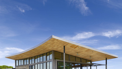 Caterpillar House / Feldman Architecture