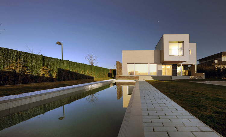 Fragmented House / AQSO Arquitectos, Courtesy of AQSO Arquitectos