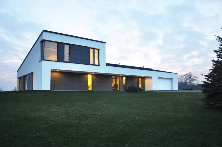 Single Family House In Jozefow / ZAG Architekci, Courtesy of ZAG Architekci