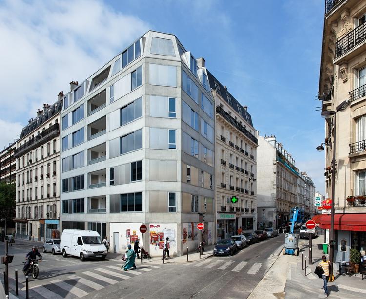 10 Dwellings in Pajol / Bourbouze & Graindorge, © Philippe Ruault