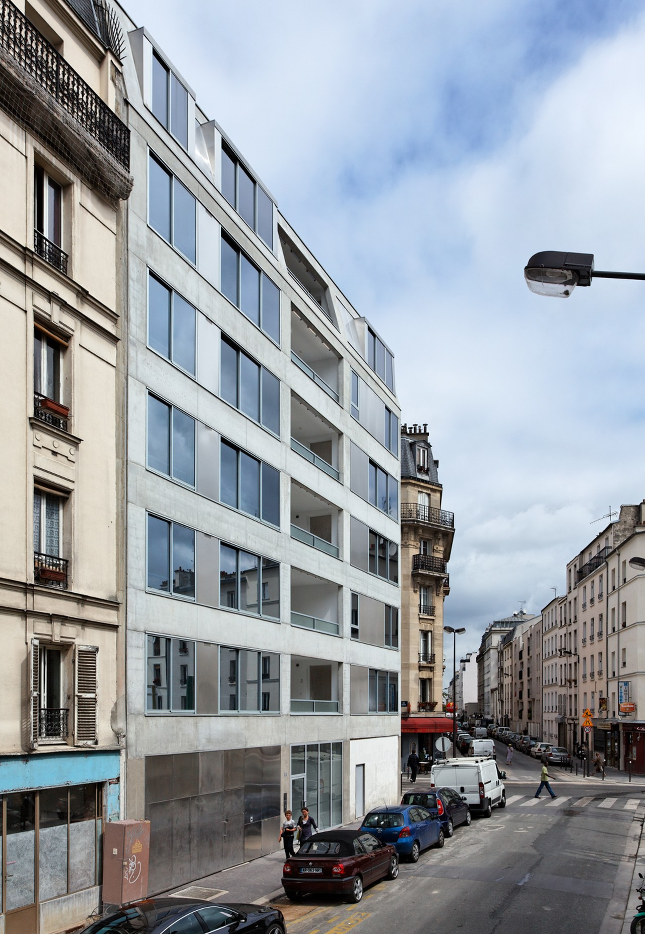 10 Dwellings in Pajol / Bourbouze & Graindorge
