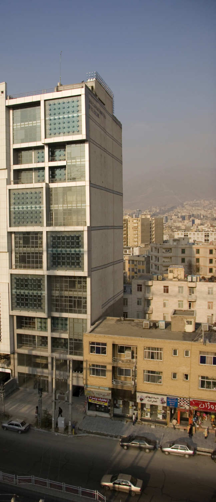 Shahkaram Office Building / Hooman Balazadeh, © Parham Taghioff