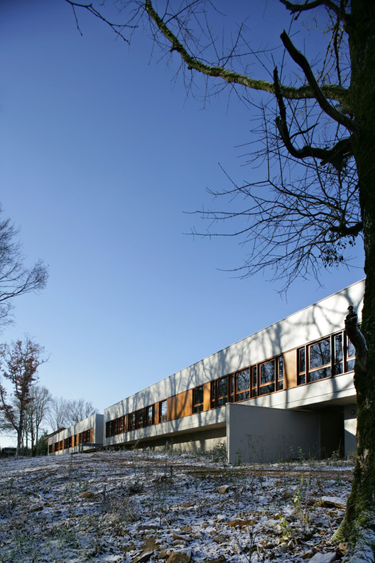 Educational Pole In Vellefaux / Malcotti Roussey Architectes, © Nicolas Waltefaugle
