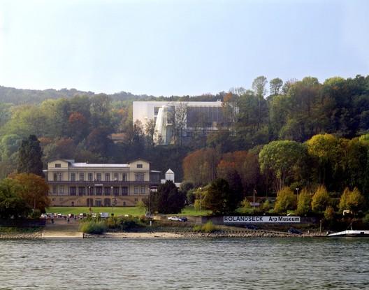 Courtesy of  Richard Meier & Partners Architects, Roland Halbe