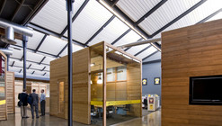 Lance Armstrong Foundation Headquarters / Lake|Flato Architects + The Bommarito Group