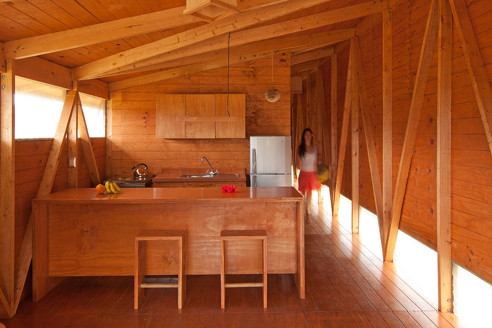 Gallery of Morerava Cabins / AATA Associate Architects - 5