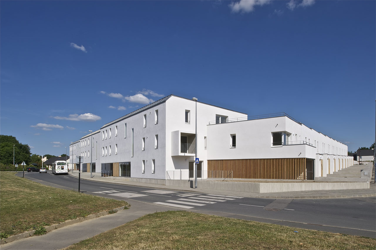 Housing L'Embellie / Barré Lambot Architectes, © Philippe Ruault