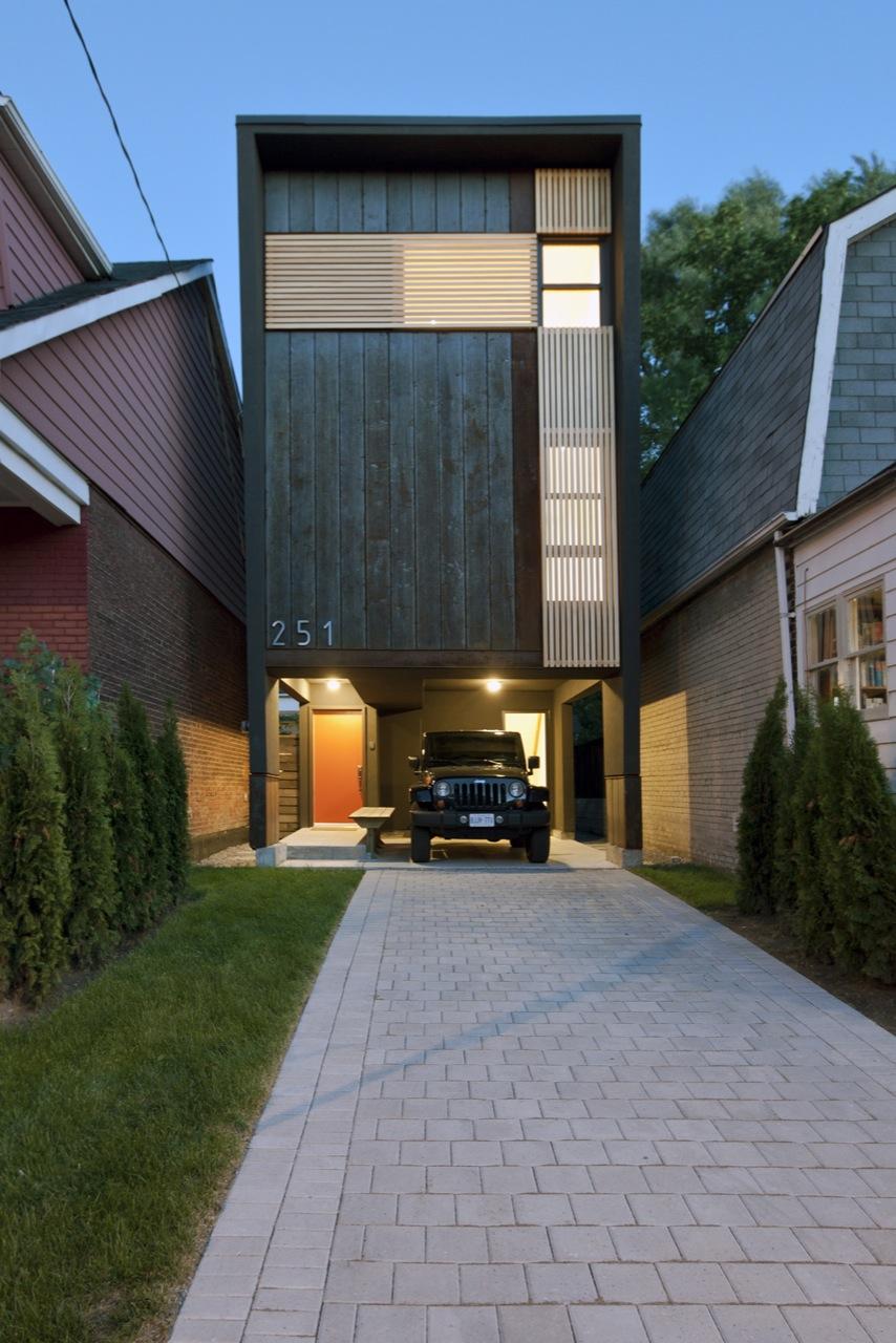 Shaft House / Atelier rzlbd, © borXu Design