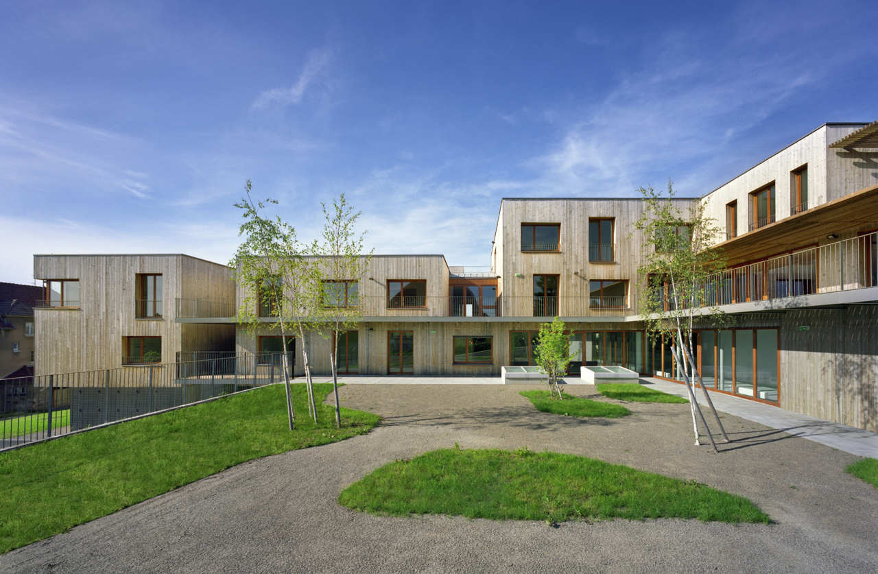 Gallery of retirement home atelier z ndel cristea 2 for How to build a retirement home