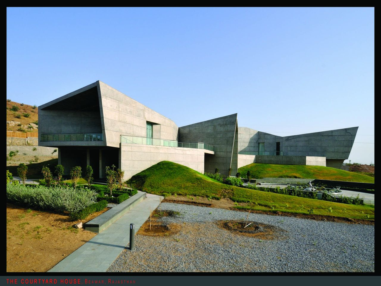 The Courtyard House  / Sanjay Puri Architects PVT Ltd, Courtesy of Sanjay Puri Architects PVT Ltd