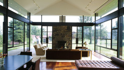 Blue Ridge Farmhouse Addition / Robert Gurney Architect