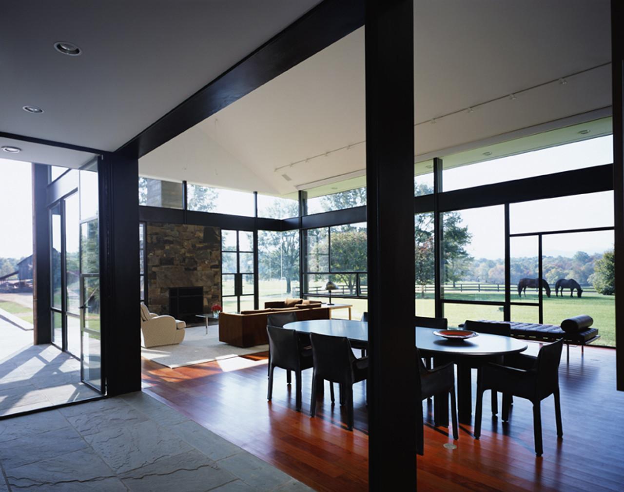 Gallery of blue ridge farmhouse addition robert gurney - Pavillon residentiel moderne gurney architecte ...