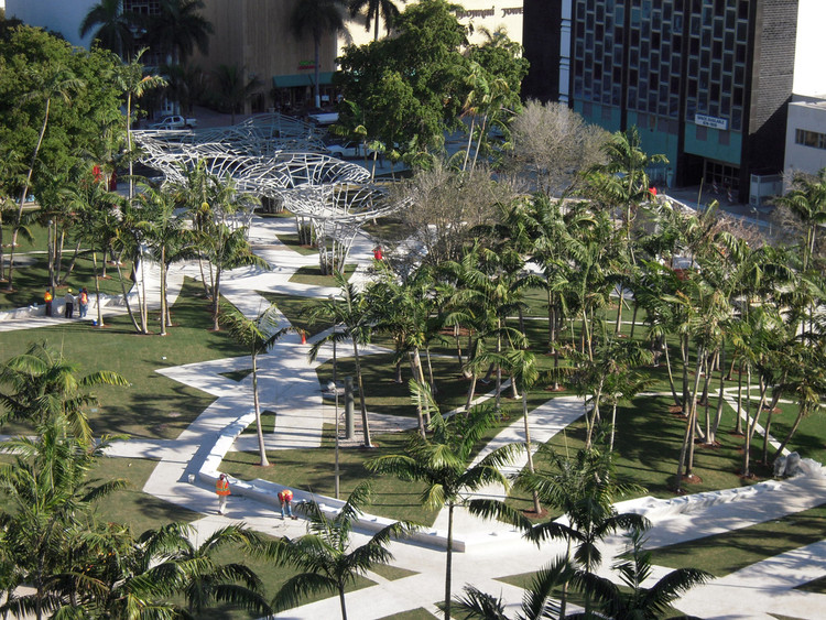 Miami Beach Soundscape / West 8, Courtesy of  west 8 urban design & landscape architecture
