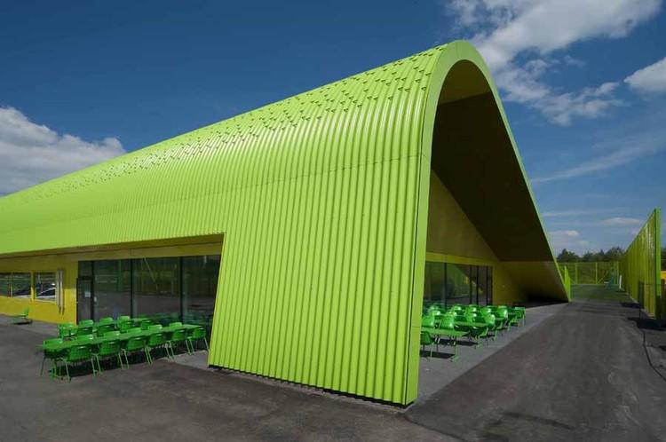 Heerenschürli Sports Facilities / Dürig AG + Topotek 1, © Hanns Joosten