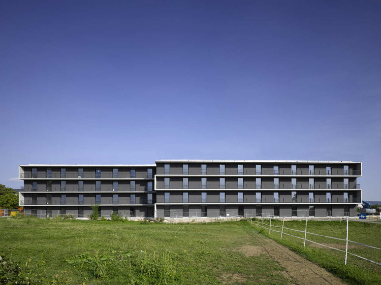 Student Dormitory / Nickl & Partner Architekten, © Stefan Müller Naumann