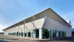 Commercial Building Fratelli Cozzi Auto / Buratti+Battiston Architects