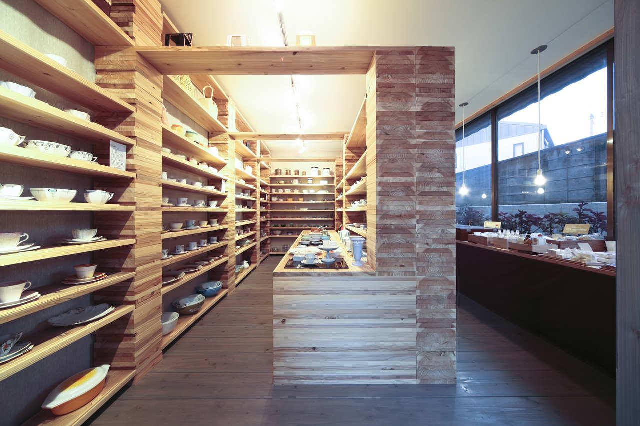 Habitat Antique / Facet Studio, © Tomohiro Sakashita