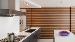 Watergate Apartment / Robert Gurney Architect
